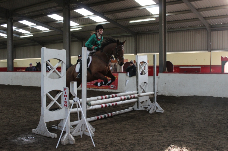 Catherine & 'Farrah' competing in the Primary Class at our Christmas Show in December 2014