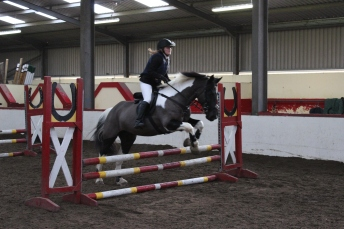 Nicola & 'Deedee' competing in the Primary Class at our Christmas Show in December 2014
